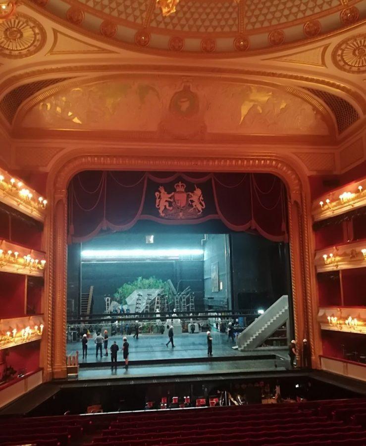 Inde i Royal Opera