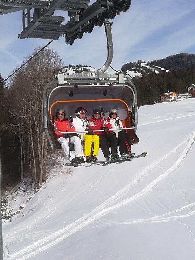 Skilift til ski i Dolomitterne