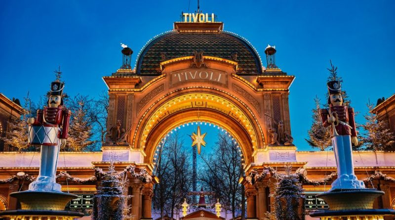 Hovedindgangen til Jul i Tivoli