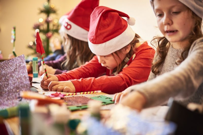 Børn i Zoos juleværksted